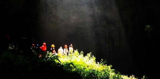 探索未知的地下世界